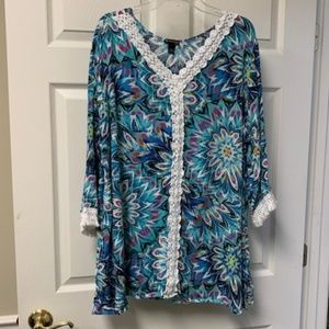 BRIGHT BEACHY TUNIC WITH FRINGE DETAIL